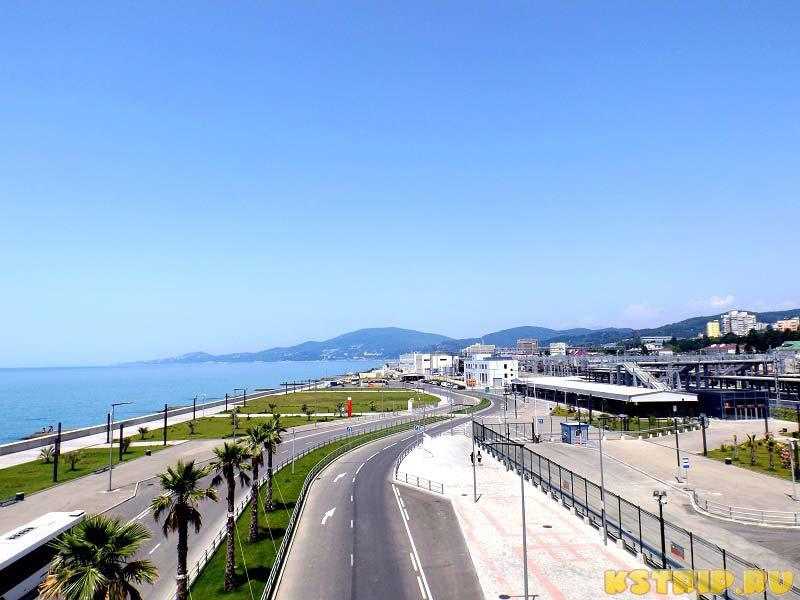 Адлер - вид на черноморское побережье