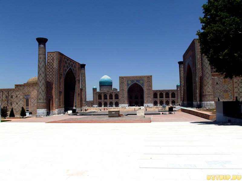 Площадь Регистан в Самарканде, Узбекистан