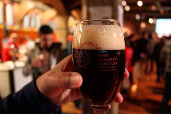 Фестиваль пива Pint Bokbierfestival