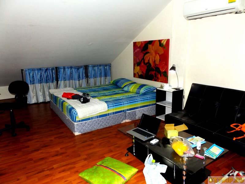 Отель Jomtien Beach Guesthouse в Паттайе