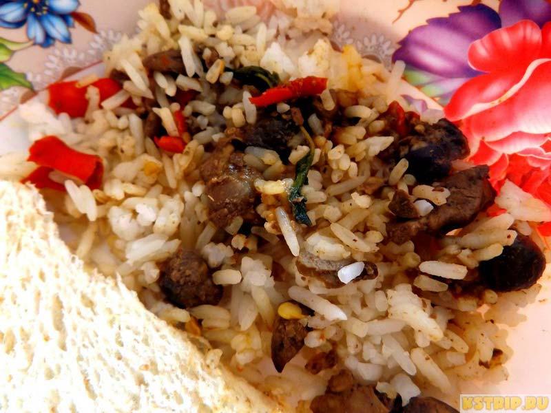 рис с курицей, еда в Таиланде