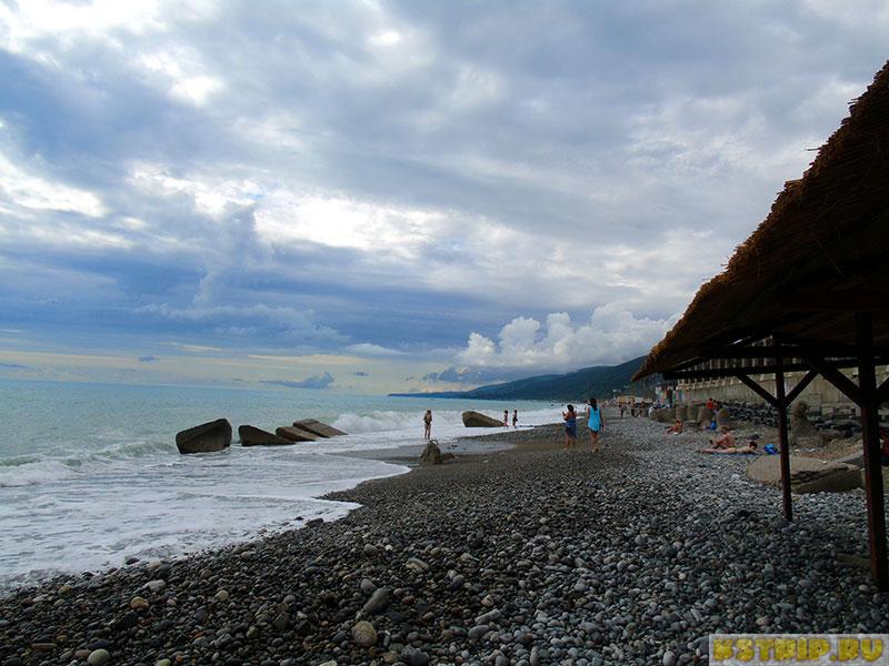 Пляж «Морская звезда» в Лазаревском - каждый найдёт свой уголок