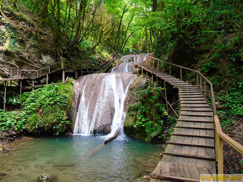 Экскурсия в Сочи: Легенды каскада «33 водопада» и Волконский дольмен