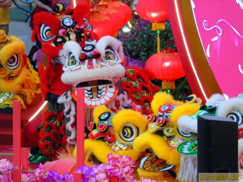 Торговый центр Pavilion в Куала-Лумпуре в Китайский новый год