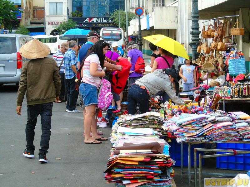 рынок Бен Тхань в Хошимине