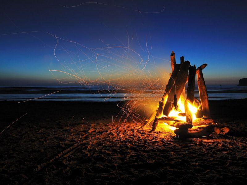 Экскурсии в Сочи: Ночь на диком пляже