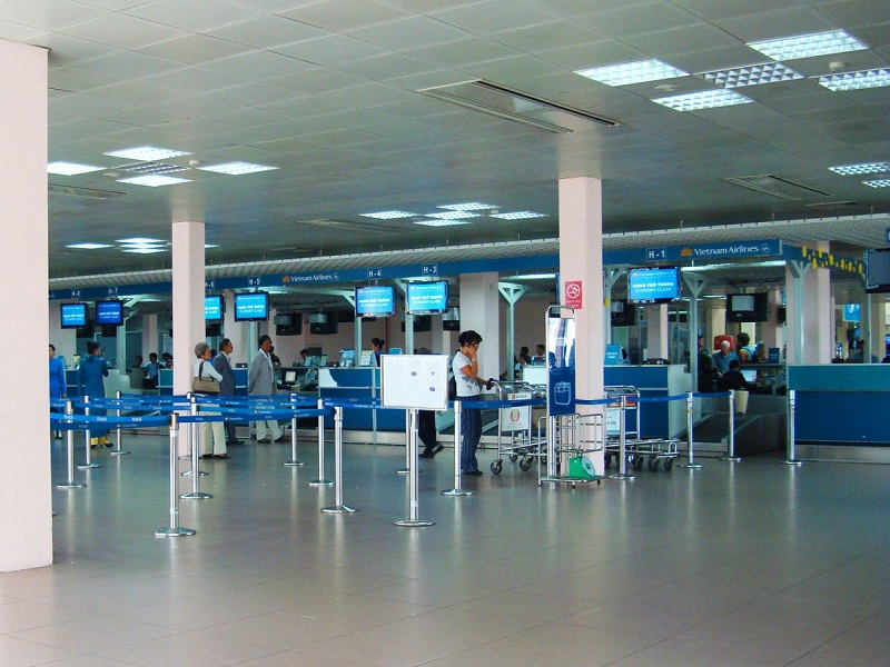Таншоннят – Аэропорт Хошимина: залы вылета и прилёта, онлайн-табло