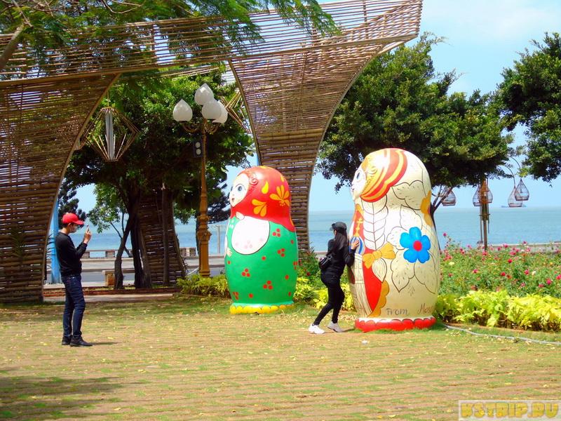 Парк Khu Tam Giac в Вунгтау напротив Переднего пляжа