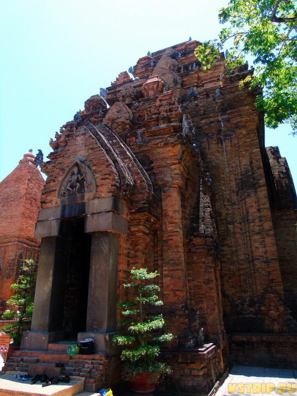 Религия во Вьетнаме: кому вьетнамцы верят и поклоняются