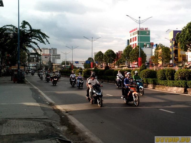 Как перейти дорогу во Вьетнаме и остаться в живых