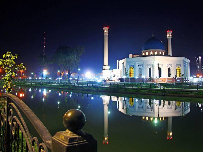 Экскурсии в Ташкенте: Огни ночного Ташкента