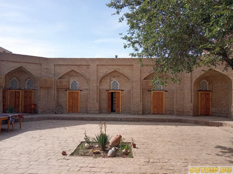 Отель в Хиве Silk Road Caravan Sarai – ночь в бывшем медресе