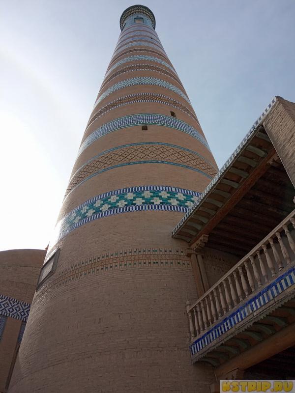 Минарет Ислам Ходжа в Хиве – второй по высоте минарет в Средней Азии
