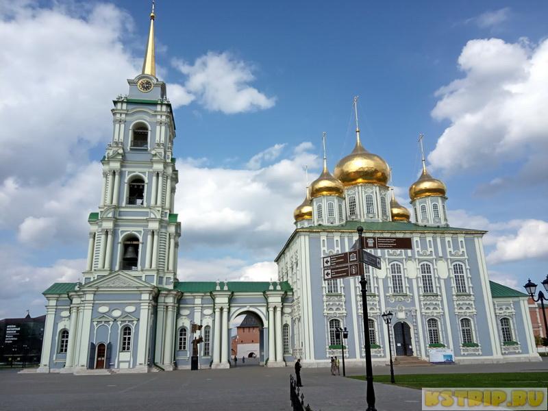 Тульский кремль: впечатляющая крепость из красного кирпича