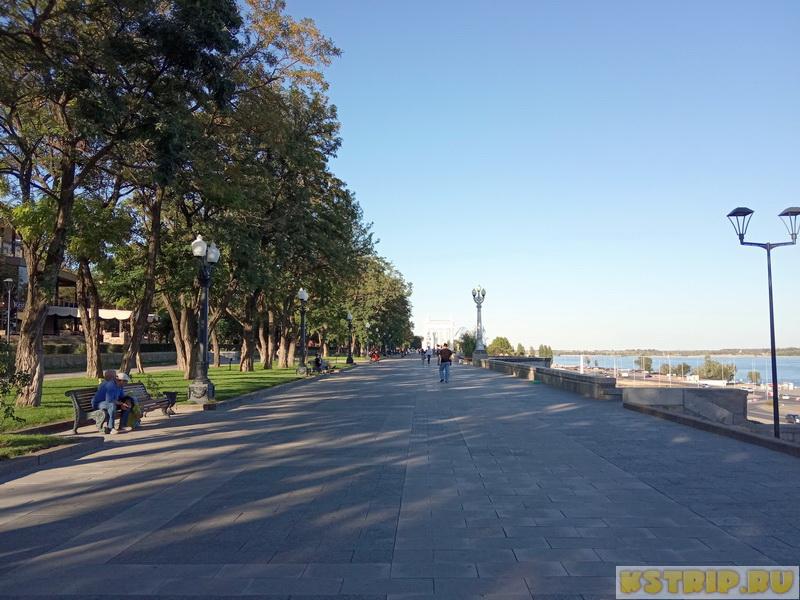 Центральная набережная в Волгограде